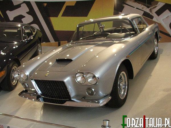 Ferrari 400 Super America